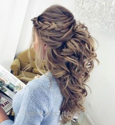Wonderful Pretty Half up half down hairstyles – Pretty partial updo wedding hairstyle is a great options for the modern bride from flowy boho and clean contemporary  The post  Pretty Ha ..