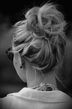 messy updo - I can never get my hair to look like Thai cause its so thick.. I like it thick, but trying to figure out how to make it look like this :)