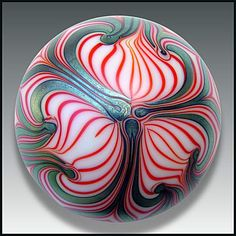 Smyers Glass 1977: Art nouveau design paperweight.