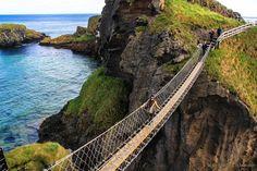 Puente Colgante Carrick a Rede. 10 lugares increíbles que ver en Irlanda