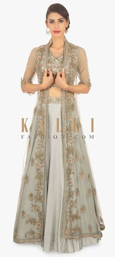 Lacey coat Source by milamunankarmi dresses indian Long Jacket Dresses, Gown With Jacket, Kurti With Jacket, Indian Gowns Dresses, Pakistani Dresses, Cotton Lehenga, Silk Lehenga, Jacket Lehenga, Indian Attire