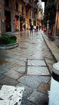 Via della Spiga. Milán