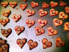 A sweet, simple and silly Valentine's Day cookie idea from a talented Nick Jr. artist.