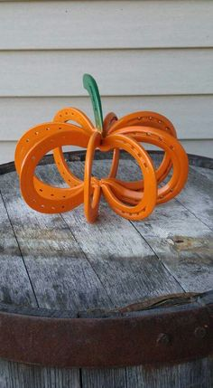 HORSESHOE PUMPKIN