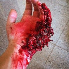 Exploded hand special effects makeup by @blood_guts_gore