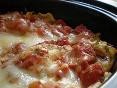 slow cooker vegetarian lasagna recipe Need a quick dinner idea that you can throw in a pot and forget about? Well, this Slow Cooker Vegetarian Lasagna Recipe Crock Pot Recipes, Ww Recipes, Slow Cooker Recipes, Cooking Recipes, Healthy Recipes, Crockpot Meals, Recipies, Crock Pots, Crockpot Dishes