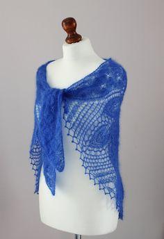 Azul abrigo de mohair / hizo punto el mantón rojal azul chal / novia abrigo / cordones bufanda / mohair con seda / stola los cordones tejidos a mano