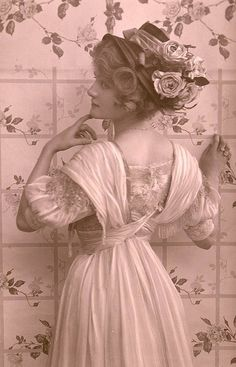 """Lily Elsie - Silent Film Star - typical symbols of the """"good girls"""" in ..."""