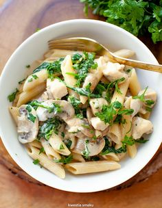Makaron z pieczarkami, kurczakiem i szpinakiem Penne, Allrecipes, Pasta Recipes, Pasta Salad, Risotto, Potato Salad, Good Food, Food And Drink, Meals