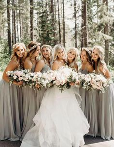 The Most Stunning Summer Bridesmaid Dresses Of Neutral colors are an effortless and beautiful option for summer weddings! The Most Stunning Summer Bridesmaid Dresses Of Neutral colors are an effortless and beautiful option for summer weddings! Perfect Wedding, Dream Wedding, Summer Bridesmaid Dresses, Bride And Bridesmaid Pictures, Bridesmaid Poses, Bridesmaid Colours, Winter Wedding Bridesmaids, Bridesmaids In Different Dresses, Bridesmaid Dresses Long Grey