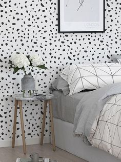 Self adhesive vinyl wallpaper wall decal Cheetah by Betapet