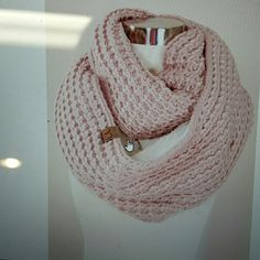 Chunky knit CC fashion scarf Sherpa lined infinity CC scarf Rose color CC Accessories Hats