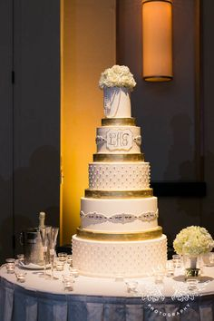 Beautiful Clean And Classic Wedding Cake With Ribbon And Flowers By Creme De La Creme  Cake Company In Fort Worth, Texas | Classic And Clean Wedding Cakes |  Pinterest ...