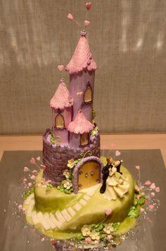 Fairytale castle cake.
