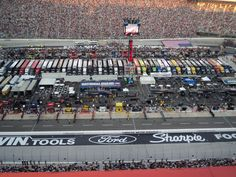 Love this place and want to go back again :) Nascar Race Tracks, Nascar Race Cars, Sprint Cars, Indy Cars, Bristol Tn, Song Of The South, Bristol Motor Speedway, Best Track, Dale Earnhardt Jr