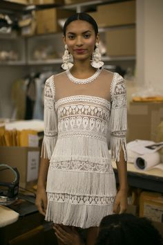 Naeem Khan Bridal Fall 2016. / Wedding Style Inspiration / LANE → http://thelane.com/Backstage/post/2015-10-15-naeem-khan-bridal-fall-2016