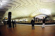 Metro Center Station, Washington, D.C, EUA Foto: Karen Bleier / Getty Images