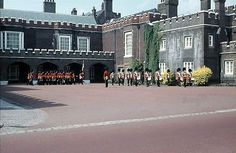 Changing the Guard 1966 at St.James Palace London!