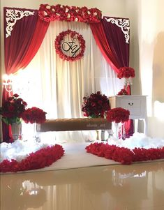 Wedding Stage Backdrop, Wedding Entrance, Photo Booth Backdrop, Color Bordo, Home Wedding Decorations, Alice In Wonderland Party, Wedding Frames, Holidays And Events, Event Decor
