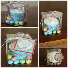 Precious cupcake packaging idea...super cute invitation idea for a baking party.