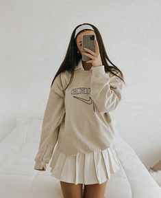 Indie Outfits, Preppy Outfits, Teen Fashion Outfits, Retro Outfits, Girly Outfits, Preppy Style, Cute Casual Outfits, Look Fashion, Vintage Outfits