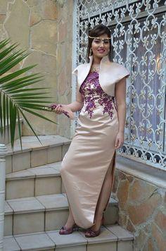 Algerian Fashion: beige Karakou dress