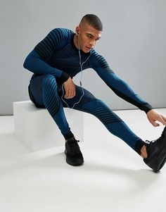 Craft sportswear men's active intensity tights, cold weather running, compr Latest Fashion Clothes, Latest Outfits, Sport Fashion, Men's Fashion, Gym Outfit Men, Lycra Men, Estilo Fitness, Mens Tights, Moda Fitness