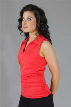 Wear To Win Slimming Ruched Top in coral. Womens Golf Shirts, Team Uniforms, Golf Outfit, Top P, Basic Tank Top, Coral, Slim, Tank Tops, Tees