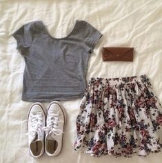 abb6fa7b Floral skirt and Converse - my favourite outfit to wear in the summer.