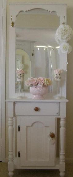 Shabby Chic cabinet from  upcycled porch door                                                                                                                                                                                 Mais