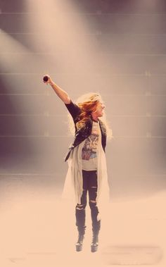 I need another Demi concert in my life soon