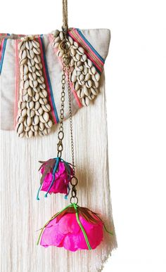 isobel badin - pink fanta - 'a work of art' shell embellished and fringing shoulder bag