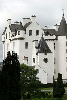 Blair Castle in Perthshire, Scotland. Blair Castle stands in its grounds near the village of Blair Atholl in Perthshire in Scotland. Blair Castle is said to have been started in 1269 by John I Comyn, Lord of Badenoch. Beautiful Castles, Beautiful Buildings, Beautiful Places, Scotland Castles, Scottish Castles, Oh The Places You'll Go, Places To Travel, Places To Visit, Blair Castle