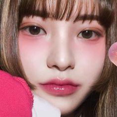 Image may contain: 1 person, closeup Makeup Inspo, Makeup Art, Makeup Inspiration, Hair Makeup, Kawaii Makeup, Cute Makeup, Makeup Looks, Korean Girl Photo, Korean Girl Fashion