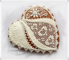 Heart%20with%20White%20Lace%20-%20Irina%20-%208.JPG 999×875 pixels