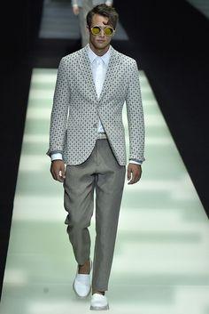 Giorgio Armani Spring 2018 Menswear Collection - Fashion Unfiltered