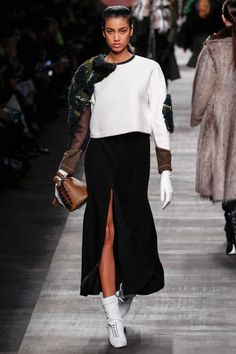 look 22 - Fendi | Fall 2014 Ready-to-Wear Collection | Style.com