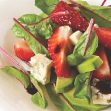 Eric's Aunt's Strawberry & Gorgonzola Salad.   Recipe by Nataniël and serves 2 to 4 people
