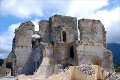 http://www.turismo-calabria.com/il-borgo-di-fiumefreddo-bruzio.html