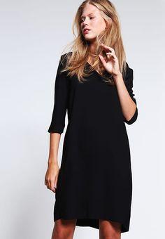 Selected Femme SFTUNNI SMILE  - Freizeitkleid - black für 79,95 € (19.02.17) versandkostenfrei bei Zalando bestellen.