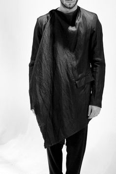 Lost & Found by Ria Dunn SS13 Preview    10.239.223 Draped Over Jacket  Washed Silk Ramie | 77% Ramie 23% Silk  Black