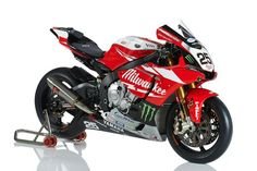 2015 Milwaukee Yamaha for the British Superbike Championship.