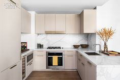 5 Kitchens and Baths Display Texture and Taste