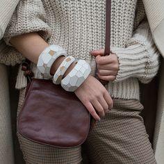 Wooden faceted geometric big bangle Saddle Bags, Marc Jacobs, Bangles, Jewellery, Big, Design, Fashion, Bracelets, Moda