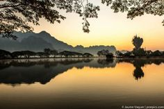 Sunrise in Hpa-An, Myanmar (Burma) Hpa An, Countries Of Asia, Laos, Vietnam, Cool Photos, Places To Go, Sunrise, Thailand, Travel Photography