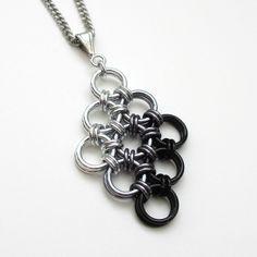 #chainmaille #diyjewelry #japanese #diamond #pendant #black #ombreBlack ombre Japanese diamond chainmaille pendant.