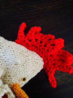 Fyllehönan Agdas vackra kam! Knitting Kits, Crochet Hats, Wool, Velvet, Knitting Hats