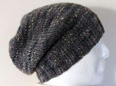 Simple and uncomplicated beanie knitting pattern for beginners and professionals alike . : Simple and uncomplicated beanie knitting pattern for beginners and professionals alike. A beanie is knitted fast and always looks good. Crochet Gloves Pattern, Poncho Knitting Patterns, Knitting Socks, Free Knitting, Knitted Hats, Crochet Hats, Crochet Patterns, Simple Knitting, Motifs Beanie