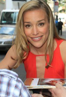 Piper Perabo - Covert Affairs -   Actress