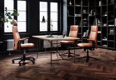 HÅG Tribute is a combination of an innovative active upper back, a wider seat and more generous padding than previous HÅG models has given it an edge when it comes to comfort. #InspireGreatWork #design #office #Scandinavian